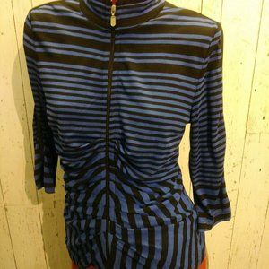 Zipped stripped top